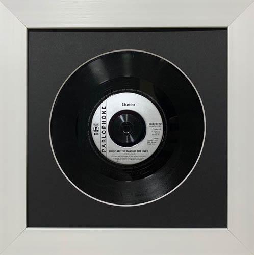 7 inch vinyl display frame