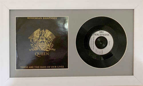 7 Inch Single Vinyl LP Record Frame with Album Cover